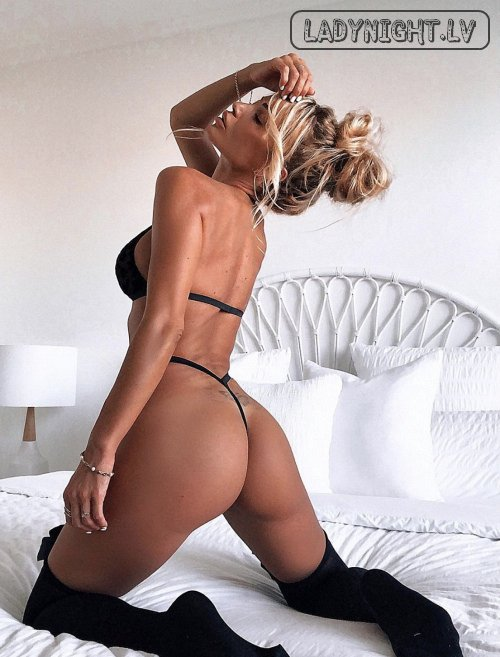 Melisa outcall in hotelj